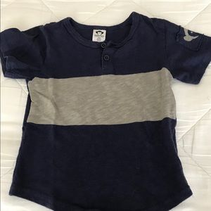 Boys Barely Worn Appaman Tee with Arm Patch Sz 2